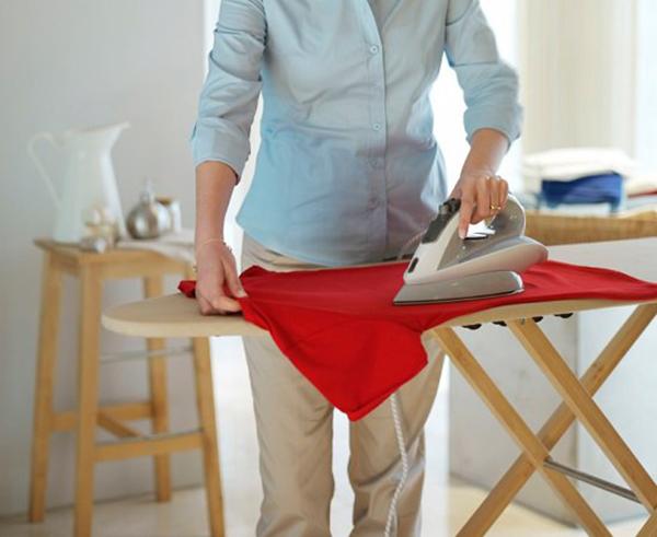 cách làm quần áo ướt nhanh khô