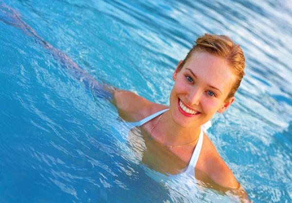 bơi lội có giảm cân không
