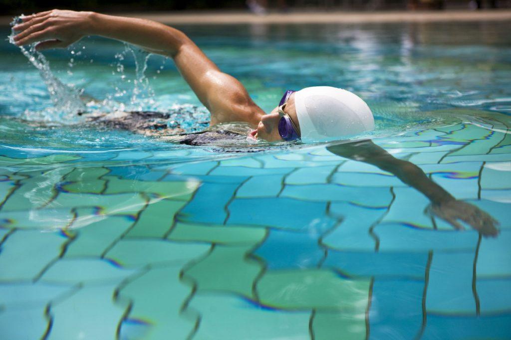 bơi lội có tác dụng gì